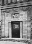 Mannesmann-Verwalt_Portal_weibl-Figur_1911-12_Duesseldorf_Bildarchiv-Foto-Marburg